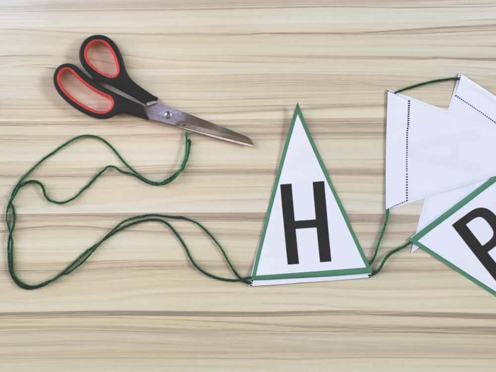 Measure equal lengths of string